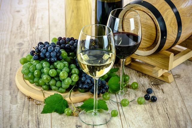 איך מכינים יין