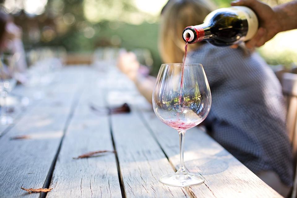 איך בוחרים סדנת יין